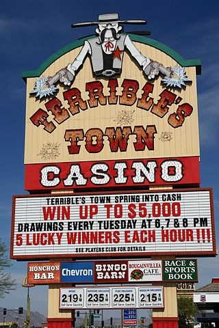 320px-Terrible_Town_Casino,_Near_California_Nevada_Border_(3472455117).jpg