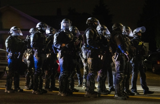 Portland protests set up clash between journalists, police