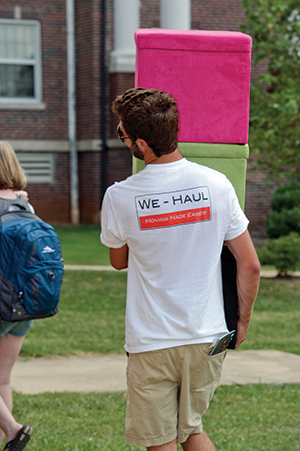 Students moving into MTSU housing